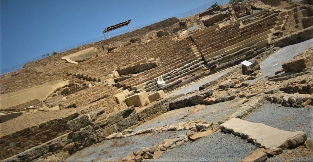 Το θέατρο της Ηφαιστίας στη Λήμνο 1